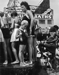 MO.WaterfountainConeyIsland1938
