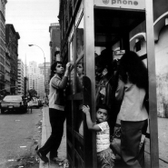 engel-70s-familyinphonebooth