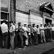 Men lined up, dockworkers, NYC, 1947